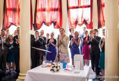 Applaus voor het bruidspaar!